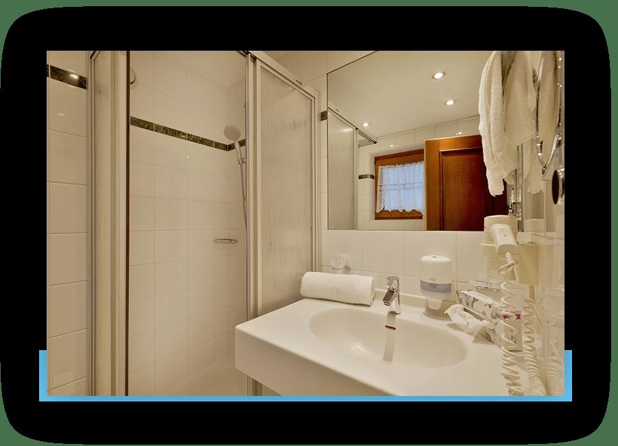 MANNI Einzelzimmer Badezimmer