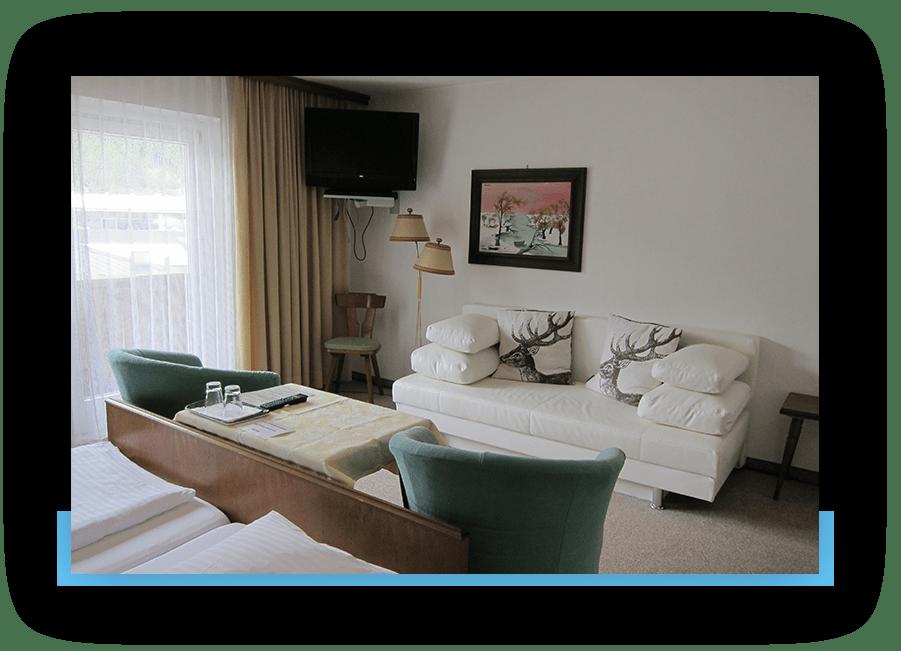 MANNI Gästehaus Elisabeth Wohn-Schlafzimmer