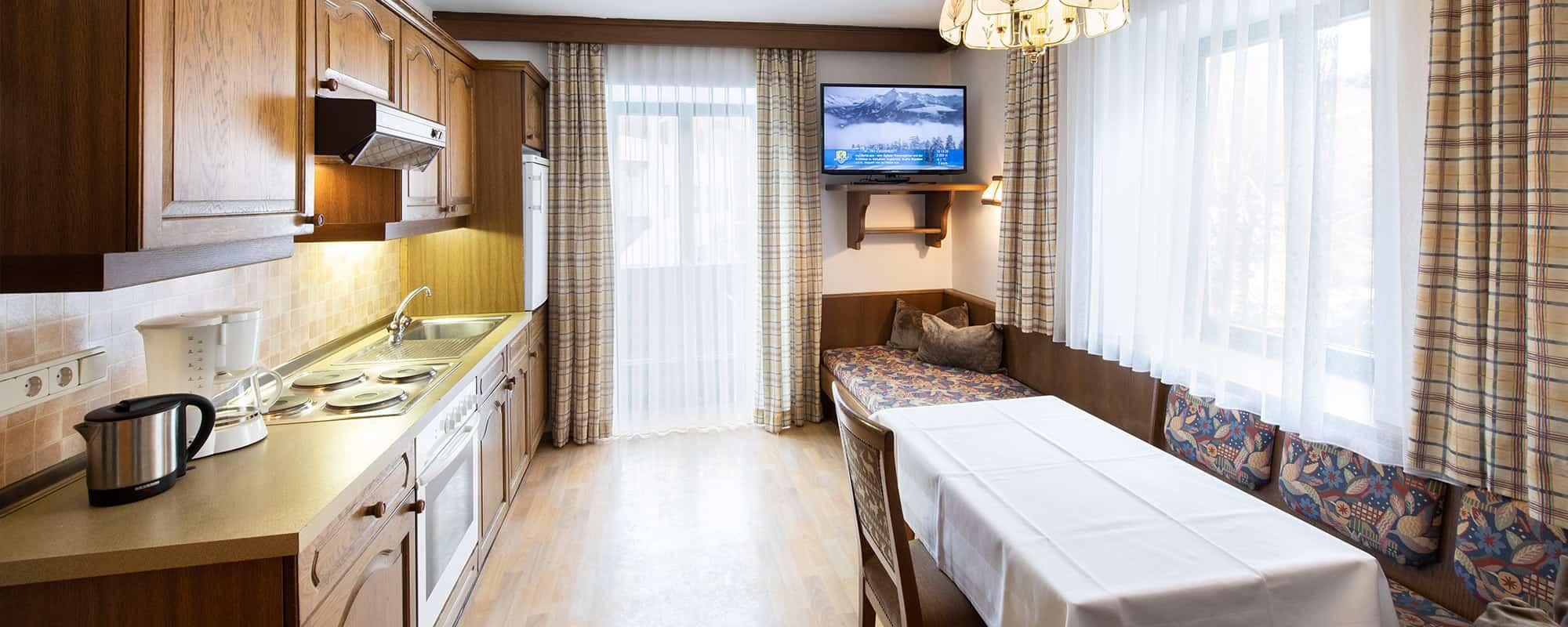MANNI low budget Kochen und Entspannen in ihrem eigenem Apartment