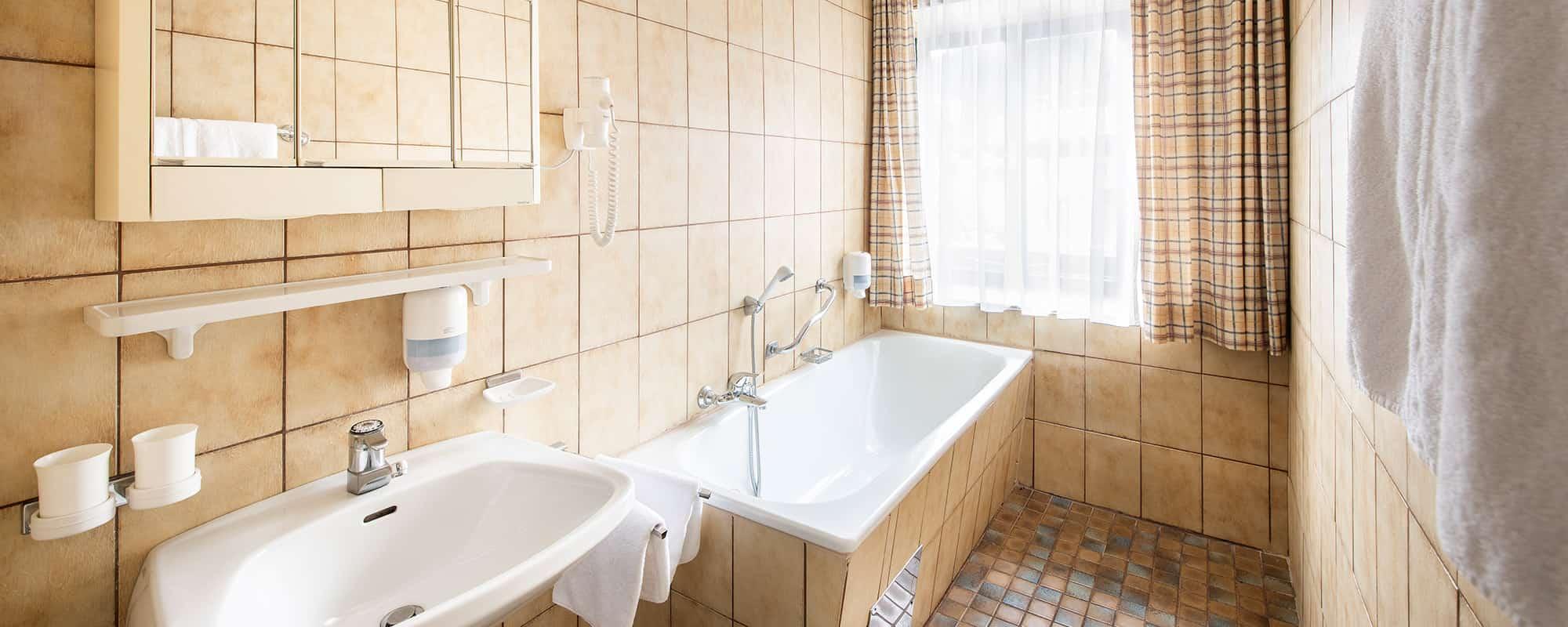 MANNI low budget entspannung in ihrer eigenen Badewanne