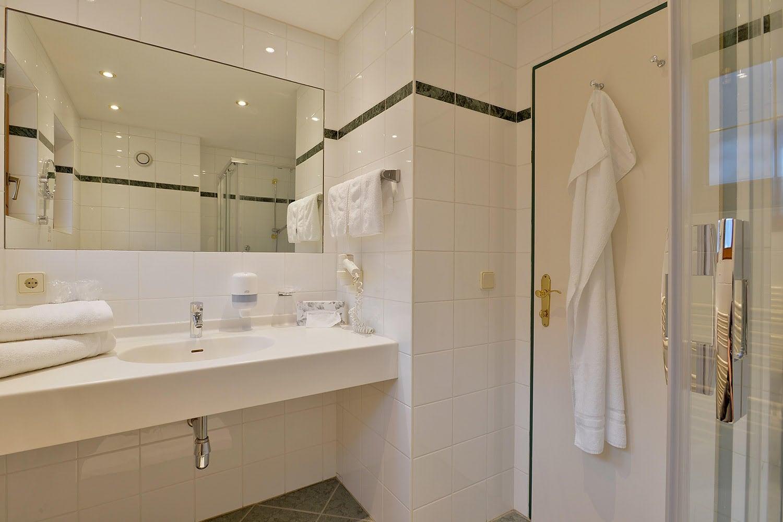 MANNI Comfort room luxuriöses badezimmer