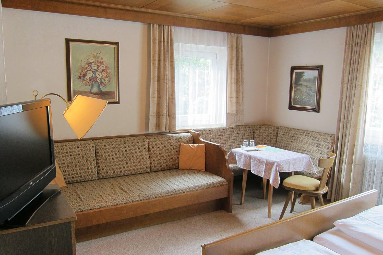 MANNI Gästehaus Elisabeth ländlicher Urlaubsstil in Mayrhofen